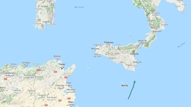 Posición del barco Aquarius, con 629 inmigrantes a bordo, a las 15:30 de la tarde del lunes.