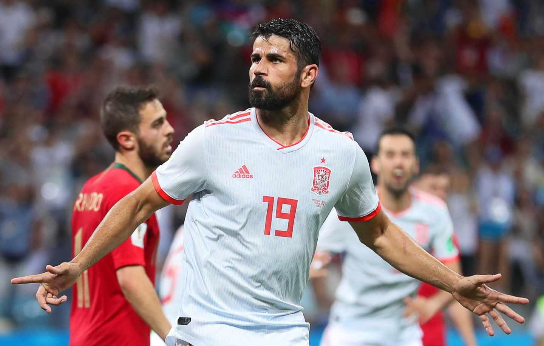 Diego Costa celebra uno de los goles a Portugal.
