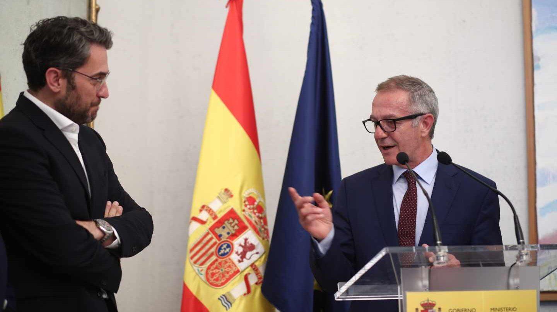 Màxim Huerta y José Guirao, en el revelo en Cultura y Deporte.