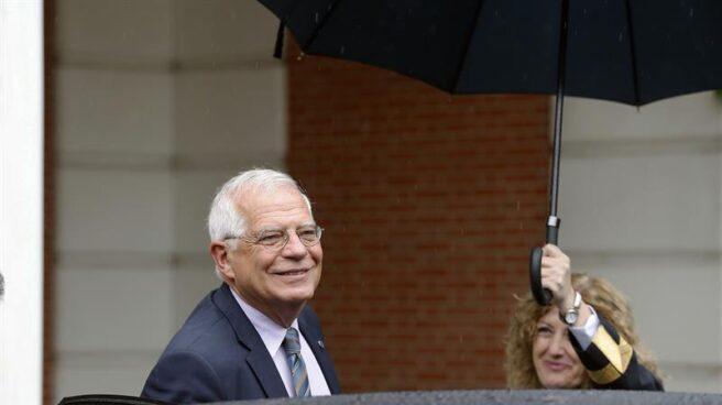 Josep Borrell, ministro de Exteriores del gobierno de Sánchez, a su llegada a Moncloa.