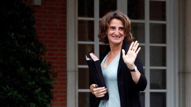 La ministra de Transición Ecológica, Teresa Ribera, llega al Palacio de la Moncloa.
