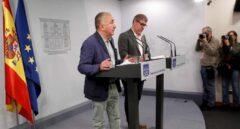 Los secretarios generales de CCOO y UGT, Unai Sordo y Pepe Álvarez, en rueda de prensa en Moncloa.