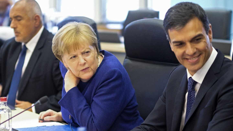 Angela Merkel y Pedro Sánchez, durante la reunión europea sobre migración.