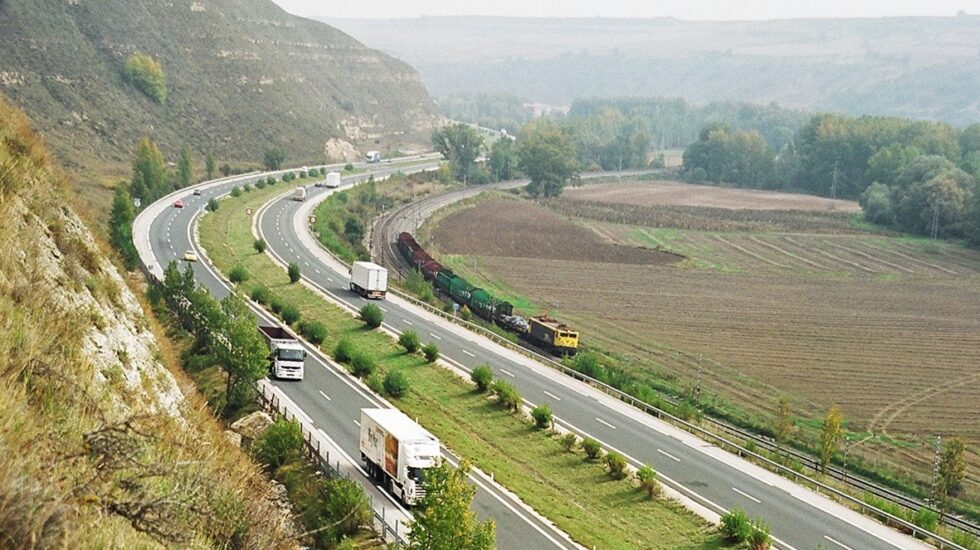 Imagen de la AP-1 entre Burgos y Armiñón, cuya concesión vence el próximo mes de noviembre.