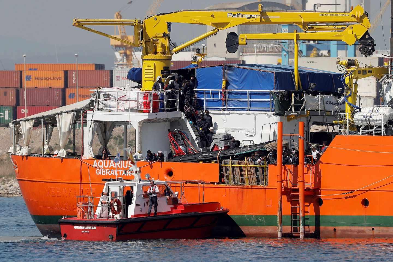 Los 629 inmigrantes del Aquarius ya están en Valencia