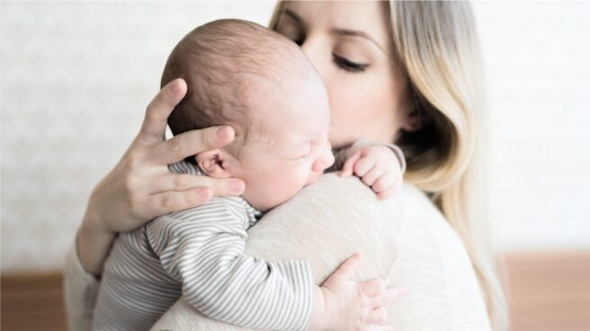 Las mujeres españolas tienen hijos cada vez más tarde.