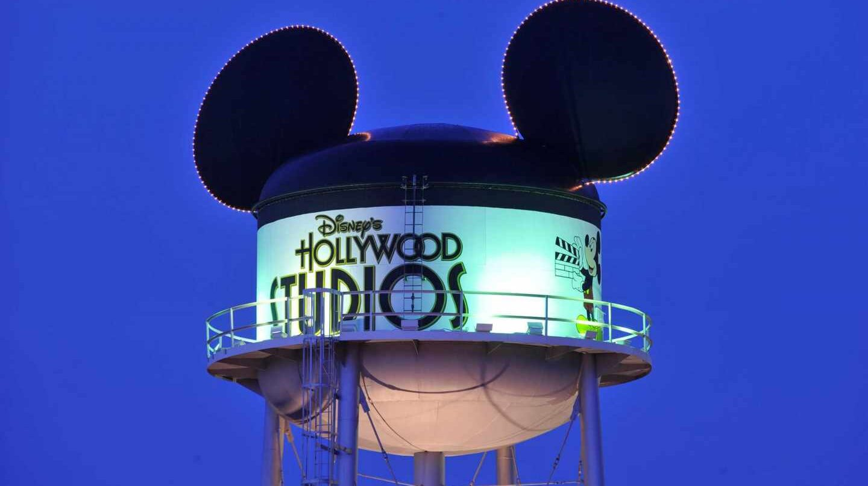 Disney acepta el envite de Comcast y ofrece 61.500 millones por Fox.