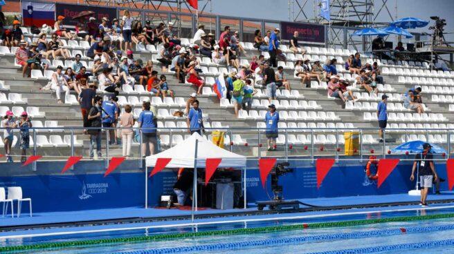 Gradas prácticamente vacías durante las finales de natación en los Juegos Mediterráneos de Tarragona 2018.
