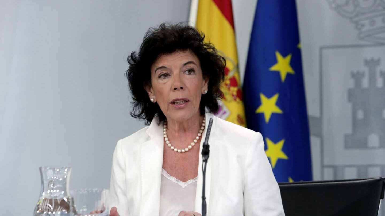 La ministra portavoz, Isabel Celaá, tras la reunión del Consejo de Ministros.