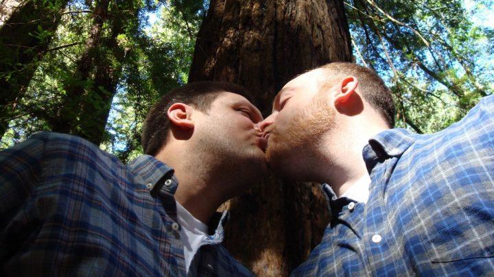 La Justicia Europea da los mismos derechos de residencia al matrimonio homosexual.