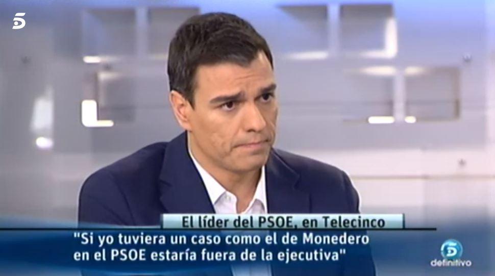 Pedro Sánchez, durante una entrevista con Telecinco en el año 2015.