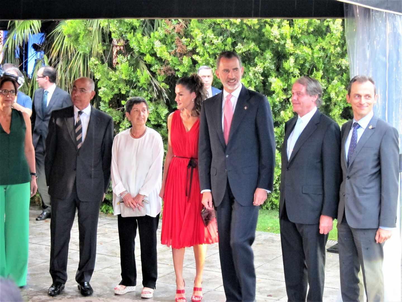Los reyes llegan a los premios Fundación Princesa de Girona.