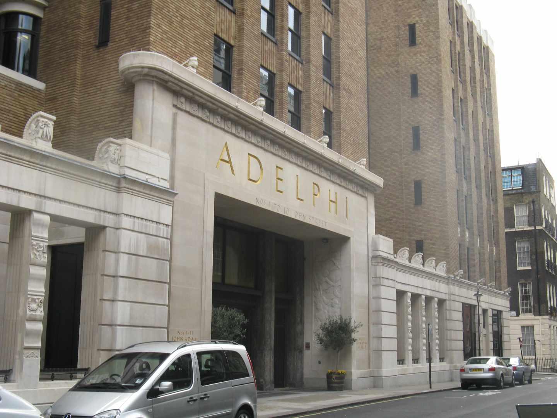 Amancio Ortega compra un edificio en Londres por 680 millones.