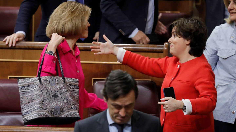 María Dolores de Cospedal y Soraya Sáenz de Santamaría.
