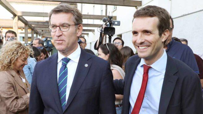 Alberto Núñez Feijóo y Pablo Casado, en Santiago de Compostela.
