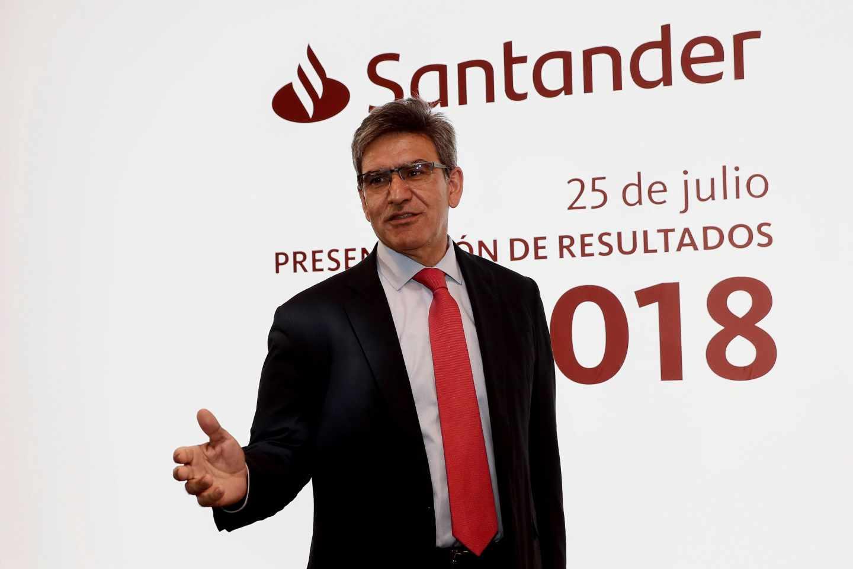 Santander advierte a Sánchez: podría trasladar su sede fiscal fuera de España si le suben los impuestos.