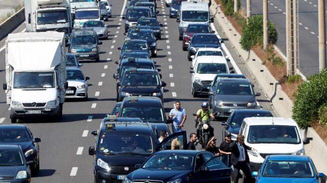 Uber y Cabify retoman el servicio en Barcelona tras las agresiones del miércoles.