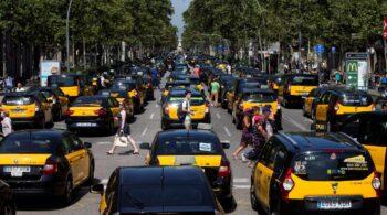 La AMB reabre la guerra con Uber pese al aval de Colau a su regreso a Barcelona