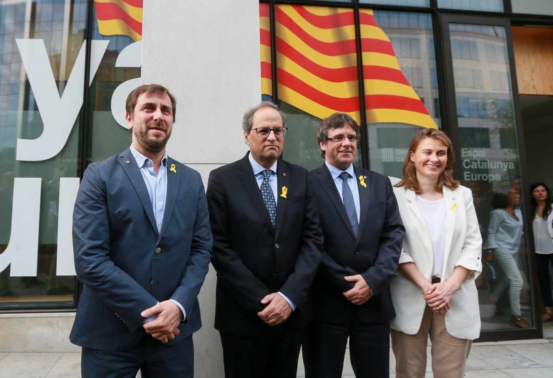 Comín, Torra, Puigdemont y Serret, en Bruselas.