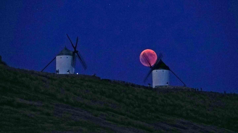 Eclipse de luna en Toledo.