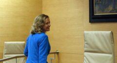 La ministra de Economía y Empresa, Nadia Calviño, comparece en la comisión correspondiente del Congreso para exponer las líneas políticas de actuación de su departamento.