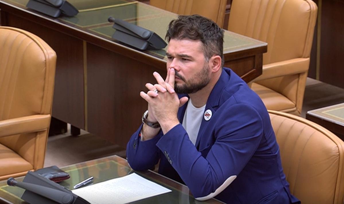 Rufián se encara con un diputado del PDeCAT en el Congreso por quitarle la palabra