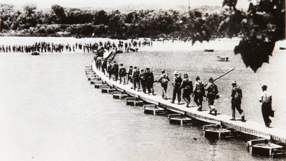 La República que se consumió a orillas del Ebro.