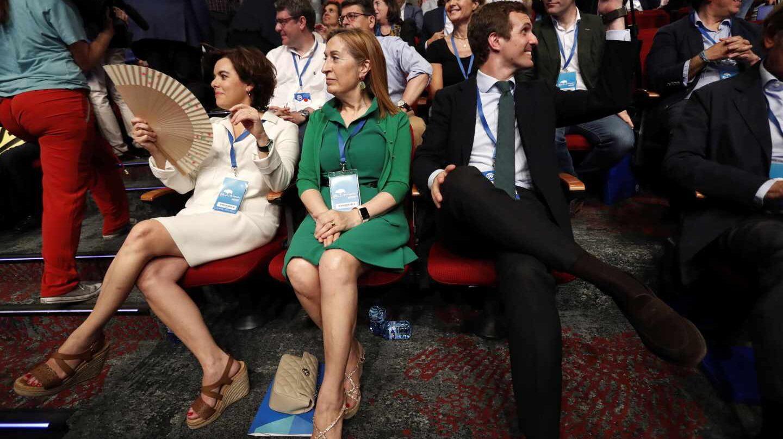 Soraya Sáenz de Santamaría, Ana Pastor y Pablo Casado.