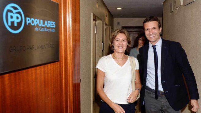 Isabel García Tejerina y Pablo Casado.