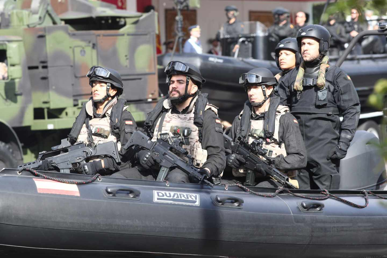 El ejército no permite el acceso a celíacos pero ofrece menús halal o kosher.