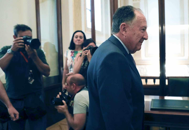 El director del Centro Nacional de Inteligencia, Félix Sanz Roldán, a su llegada al Congreso.