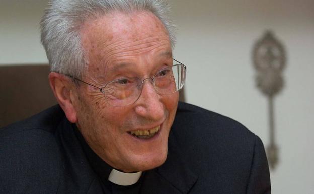 El obispo emérito de San Sebastián José María Setién.