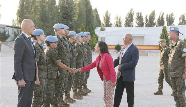 La ministra de Defensa, Margarita Robles, en su visita a Líbano.