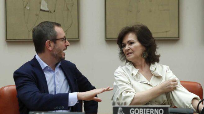 Javier Maroto y Carmen Calvo.