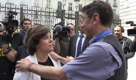 Soraya Sáenz de Santamaría y Juan Carlos Monedero.