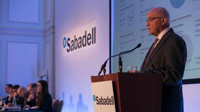 Los costes extraordinarios en Reino Unido se comen dos tercios del beneficio de Sabadell.