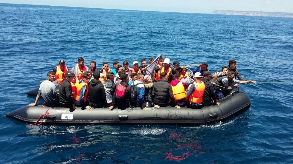 Una patera con 47 inmigrantes a bordo.