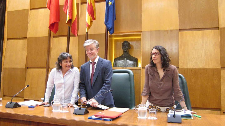 El alcalde de Zaragoza, Pedro Santisteve, durante un Pleno.