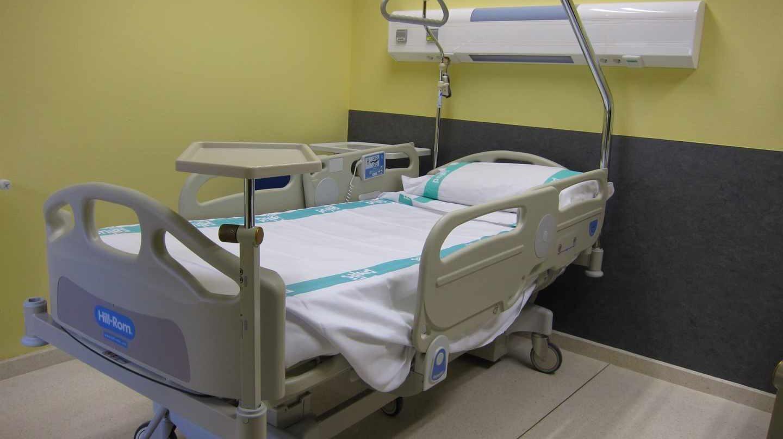 Los enfermeros denuncian el cierre de 14.000 camas de hospital este verano.
