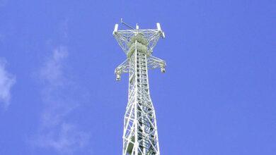 Telefónica arranca su plan de hacer caja con 50.000 torres con la primera venta a Telxius
