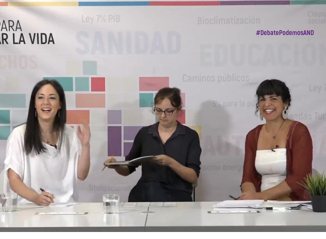 Teresa Rodríguez e Isabel Franco antes del debate.