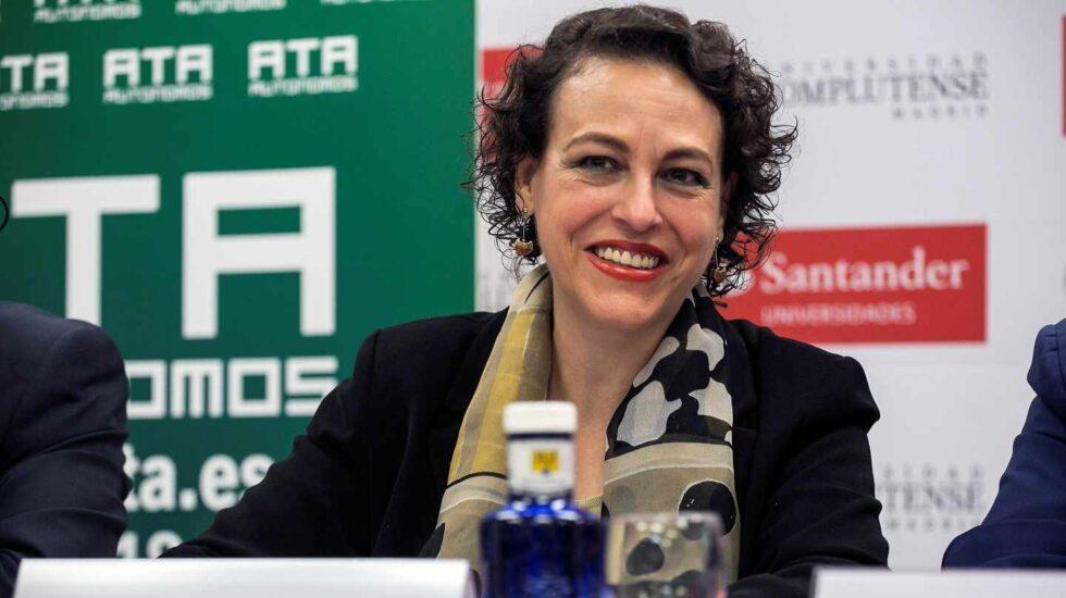 La ministra de Trabajo, Magdalena Valerio.