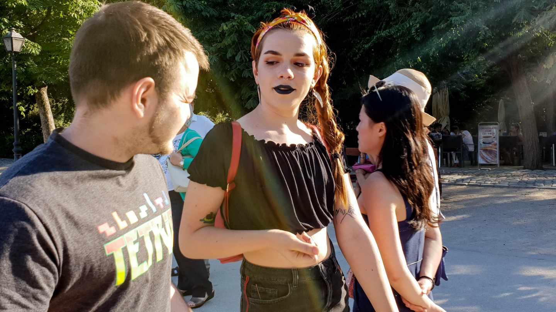 Yara y John, dos jóvenes transexuales