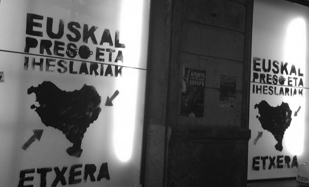 Dos paneles reclaman el acercamiento de los presos de ETA al País Vasco.