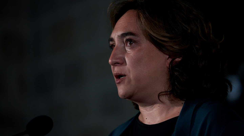 La alcaldesa de Barcelona, Ada Colau, en la víspera del primer aniversario de los atentados.
