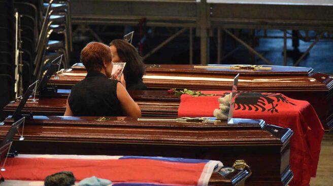 Imagen del funeral de Estado por las víctimas mortales del derrumbe del puente de Génova.