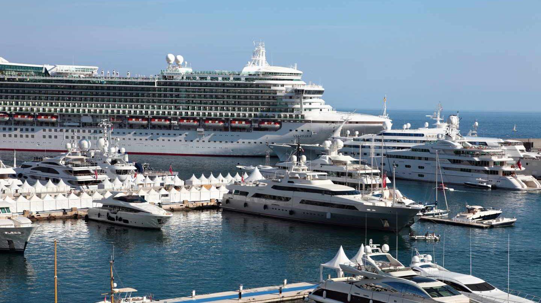 El año pasado el turismo de cruceros cerró con más de 25,8 millones de pasajeros. Fotografía: Designed by jcstudio / Freepik