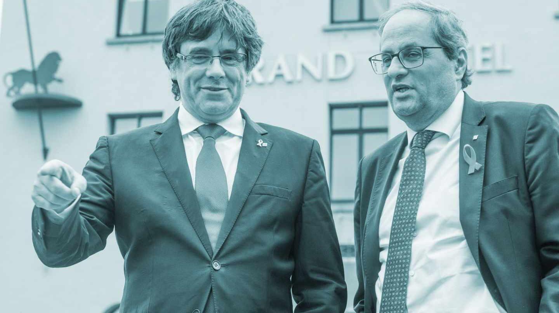 El expresidente catalán y líder de Junts per Catalunya (JxCat), Carles Puigdemont (i), y el presidente de la Generalitat, Quim Torra (d)