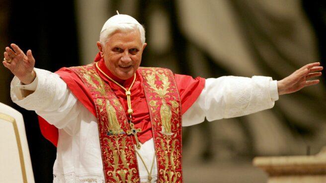 El Papa emérito Benedicto XVI, cuando aún comparecía ante los feligreses como Pontífice en ejercicio.