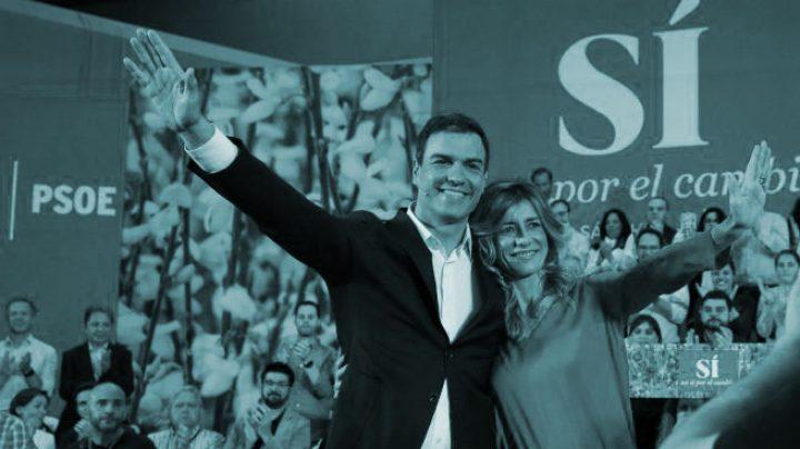 Pedro Sánchez y Begoña Gómez durante un mitin